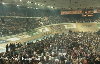 Photo of the crowd at the Ghent Six-Day bike race